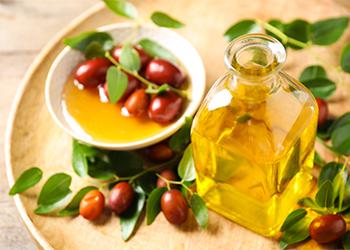 Jojoba Oil for Dandruff