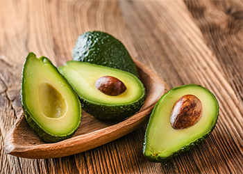 Avacado for dry and frizzy hair
