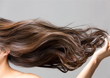 Moisturises Hair