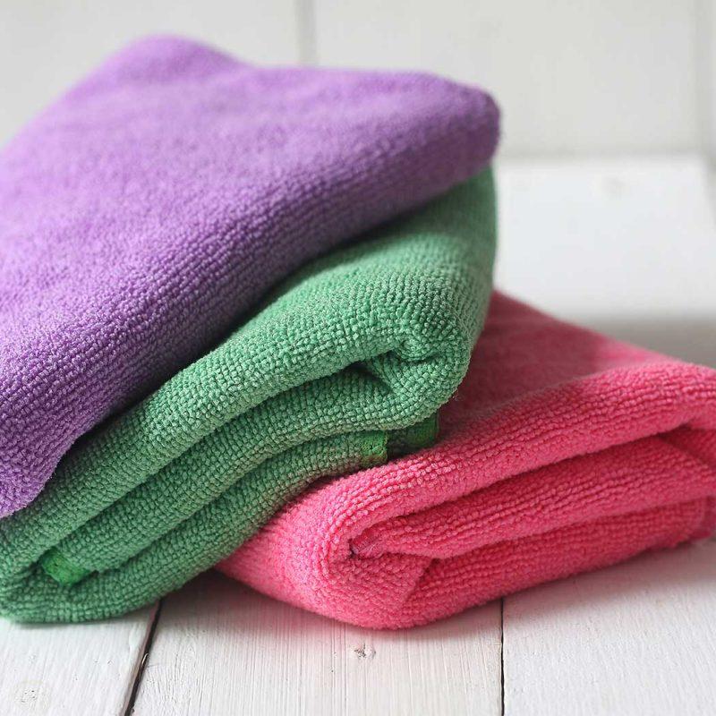 Cotton T-Shirt/Microfiber Towels